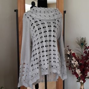 Gorgeous Nine West Sweater